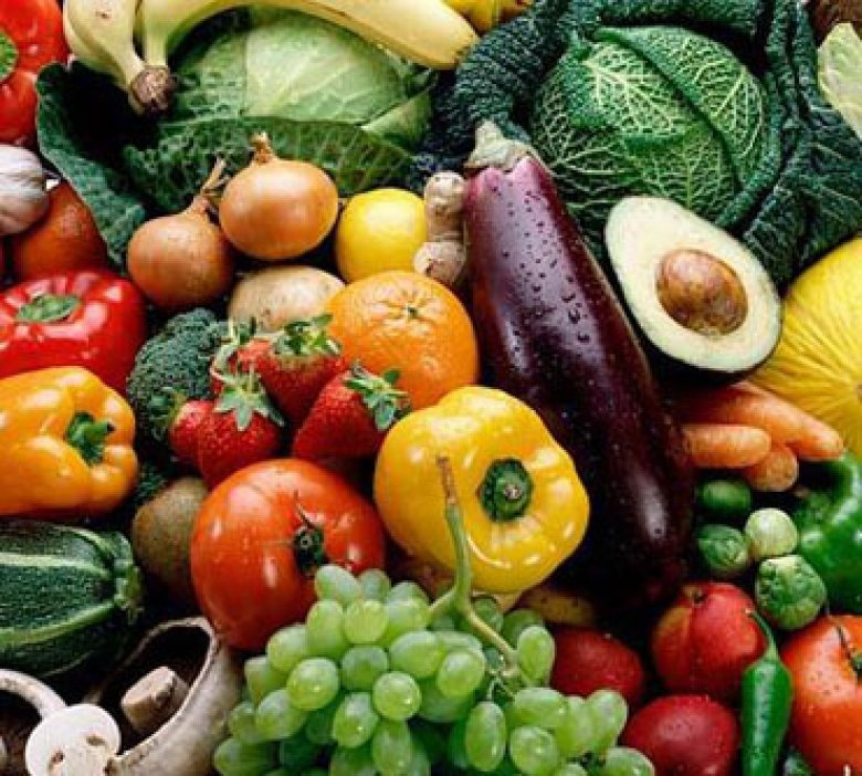 Close up on various vegetables and fruits